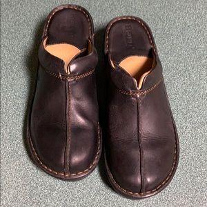 Born Black Leather Slip on Mules Size 6